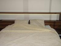 Kołdra z wełny owczej gładka kremowa 210x200cm